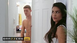 Real Wife Stories - (Katana Kombat, Oliver Flynn) - Shower Radi-ho - Brazzers