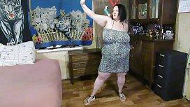 bbw vikky adams strip dance