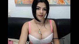Cute Brunette Having Fun on Webcam se eecamzcom