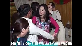 sargodha hot mandi dance