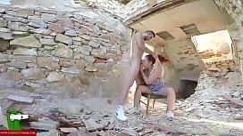 Eating eggs and cock in a dilapidated house CRI