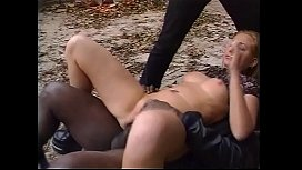 Double Impact for a nice Blonde in Paris. She loves 2 Great Cocks in her Body.