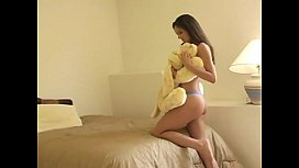 Sexy teen Monica masturbates nudeteenwebca