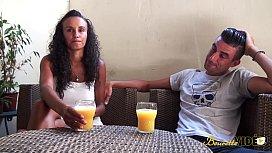 Jeune beurette se fait d&eacute_foncer par son copain