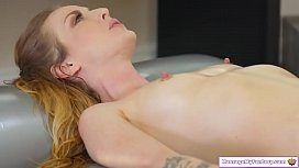 Masseuse squirts and makes client squirt
