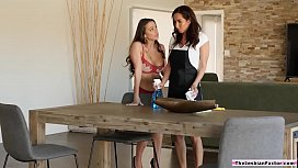 Lesbian guest eating housemaids pussy