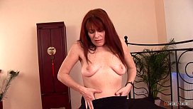 Horny MILF loves getting a Younger Shaft in her Cunt
