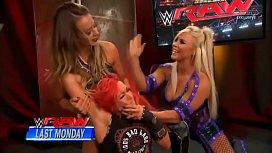 Dana Brooke vs Becky Lynch. SmackDown.
