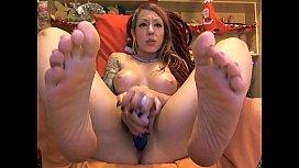 sofi mora masturbating on live webcam
