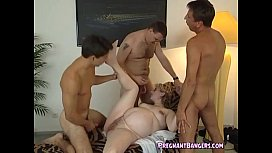 Pregnant Blonde Fucked By Guys