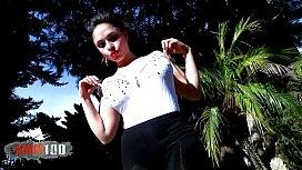 Bigtits latina babe hot strip