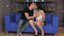 18videoz - Dressing sexy Evelyn Cage for anal date