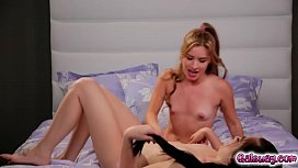 Bobbi Dylans pussy eaten by Lilly Ford as return favor