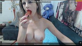 White Webcam Girl Sucking on Dildo