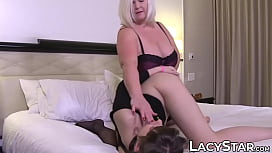 Blonde granny Lacey Star eaten out by young lesbo
