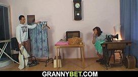 Sewing mature woman rides his dick