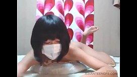 (AMATEUR) Masturbation of a cute Japanese schoolgirl