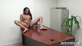 Hot Babe Masturbates On Her Desk And Cums On Jerkmate