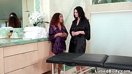 Fresh masseuse has first time with her lesbian boss Mindi Mink