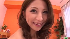 Tsubasa Aihara works hard her flaming solo show  - More at Japanesemamas.com