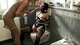 Rocco Siffredi violate two ass holes in bathroom
