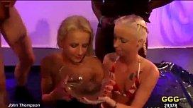 germanpeetk Alice and Lucie piss thi blondes