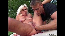 Granny fucked outdoor