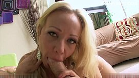 Hot amateur blowjob cum in mouth