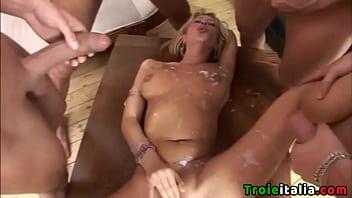Italian milf blowjob and bukkake thumbnail