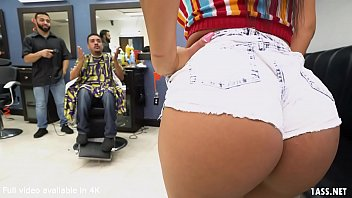 Booty Latina Wife Fucks The Barber Rose Monroe thumbnail