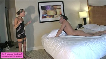Ballbusting BJ from Kinky Porn Mom