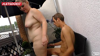German BBW teen gets slammed outdoor by her boyfriend