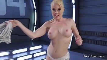 Hot ass solo blonde fucking machine