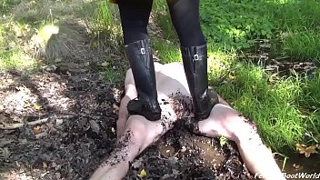 Female naked walk Muddy lesson - madame foxy