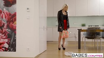 Babes - Step Mom Lessons - We Can Share  Starring  Blanche Bradburry And Vinna Reed And Charlie Dean