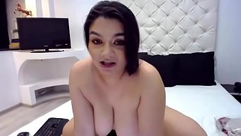 Vporncams.com - Look at Those Perfect Bouncing Titties and Her Cute Face