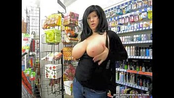 Playing with my tits in a store (challenge)
