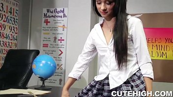 Beautiful Schoolgirl Gives Head and Screwed