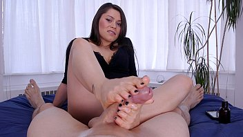 Foot job mature Meana wolf - footjobs - foot fucked