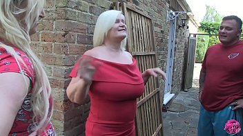 British adult actress starr Laceystarr - settling a bet with loula lou