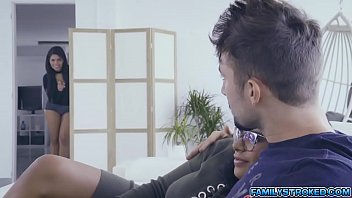 Hot 3some fuck with stepsis Keysha and SheylaIGH QUALITY RENDER MP4[0] Thumb