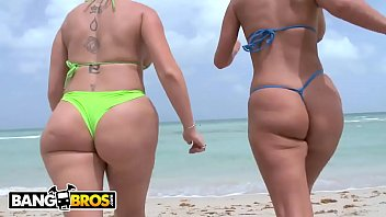 BANGBROS - PAWG Babes Sara Jay & Phoenix Marie Getting Their Big Asses Fucked