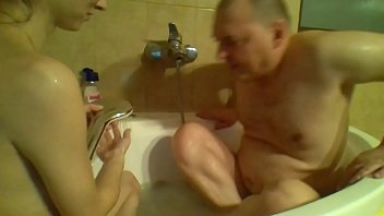 couple naked take a showe sexy girl perfect ass