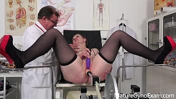 Loyola breast exam - Deep pussy and breasts examination of busty mature woman - maturegynoexam.com