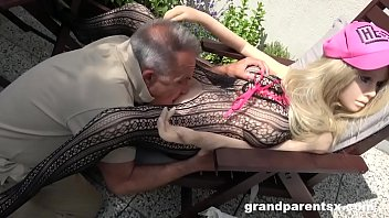 Hard plastic vintage jointed dolls - Senile grandpa creampies a sex doll