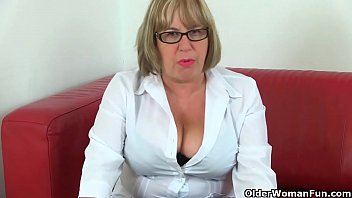 Older sex woman world English granny elle lubes up her matured fanny