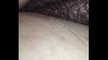 bien puffy la vulva de mi esposa dormida