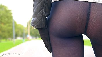 Jeny Smith black pantyhose pretend to be leggings Preview