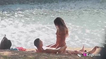 See me fucking a dog - Beachside voyeur sex with the skinny milf araceli