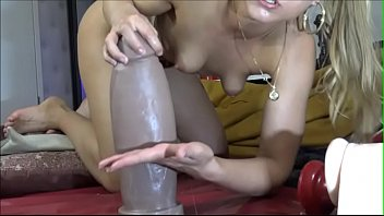 Girls4cock.com *** Fighting Boss Hogg From Mrhankeystoys.com its so Fucking BIG
